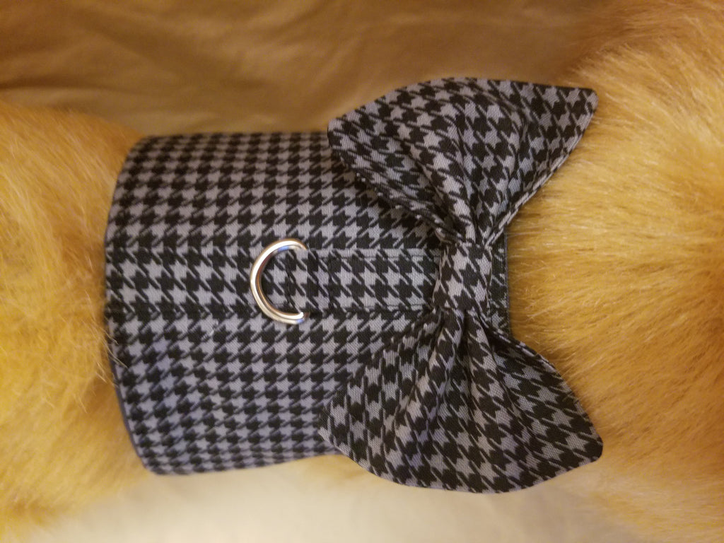 Gray and Black Houndstooth Dog Harness with Bow Tie – The Purple