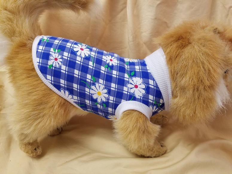 Daisy print dog t-shirt