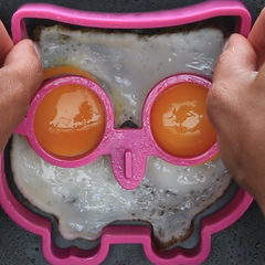 How to Use Egg Molds