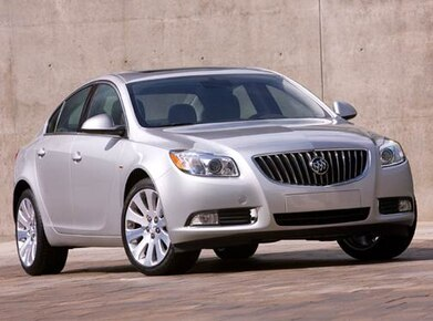 Buick Regal 2011 Owners Manual