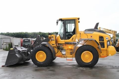 Download VOLVO L70H WHEEL LOADER SPARE PARTS MANUAL