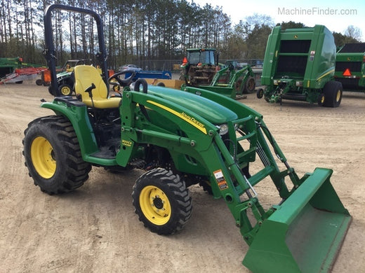 JOHN DEERE 3320, 3520, 3720 COMPACT UTILITY TRACTOR WITH CAB OPERATOR'S MANUAL OMLVU17940