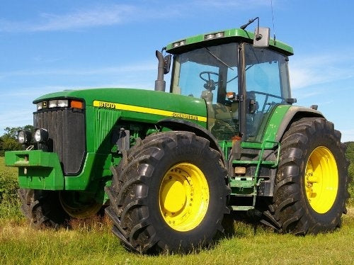 JOHN DEERE 8100 8200 8300 8400 TRACTOR PARTS CATALOG MANUAL PC2389