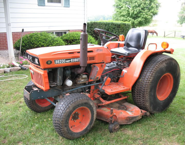 KUBOTA B9200 HST TRACTOR OWNERS OPERATOR'S MANUAL