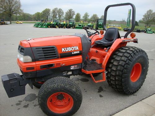 KUBOTA L2900DT TRACTOR ILLUSTRATED PARTS MANUAL