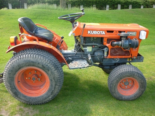 Kubota B7100HST-D NEW TYPE Tractor Illustrated Master Parts List Manual
