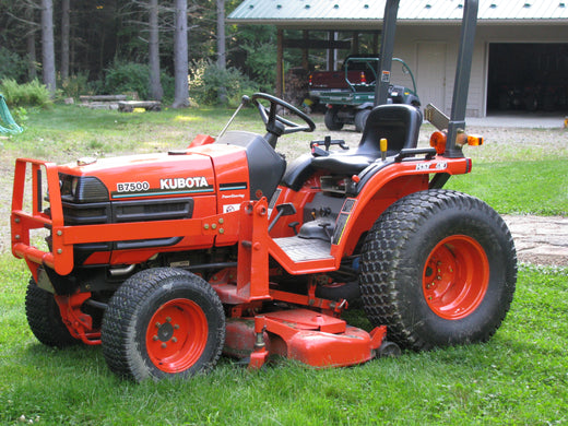 Kubota B7500D Tractor Illustrated Master Parts List Manual