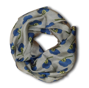 Silk scarf in grey with blue flowers