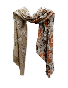 SC103 Two design scarf beige and tan