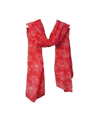 SC032 Red outline scarf.