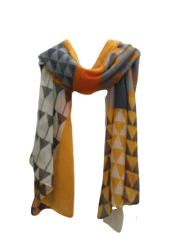 SC047 Yellow triangles scarf.