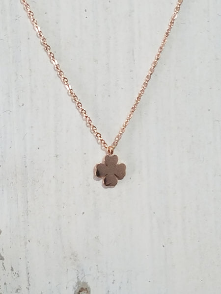 ROSE GOLD FOUR LEAF CLOVER NECKLACE TITANIUM STEEL