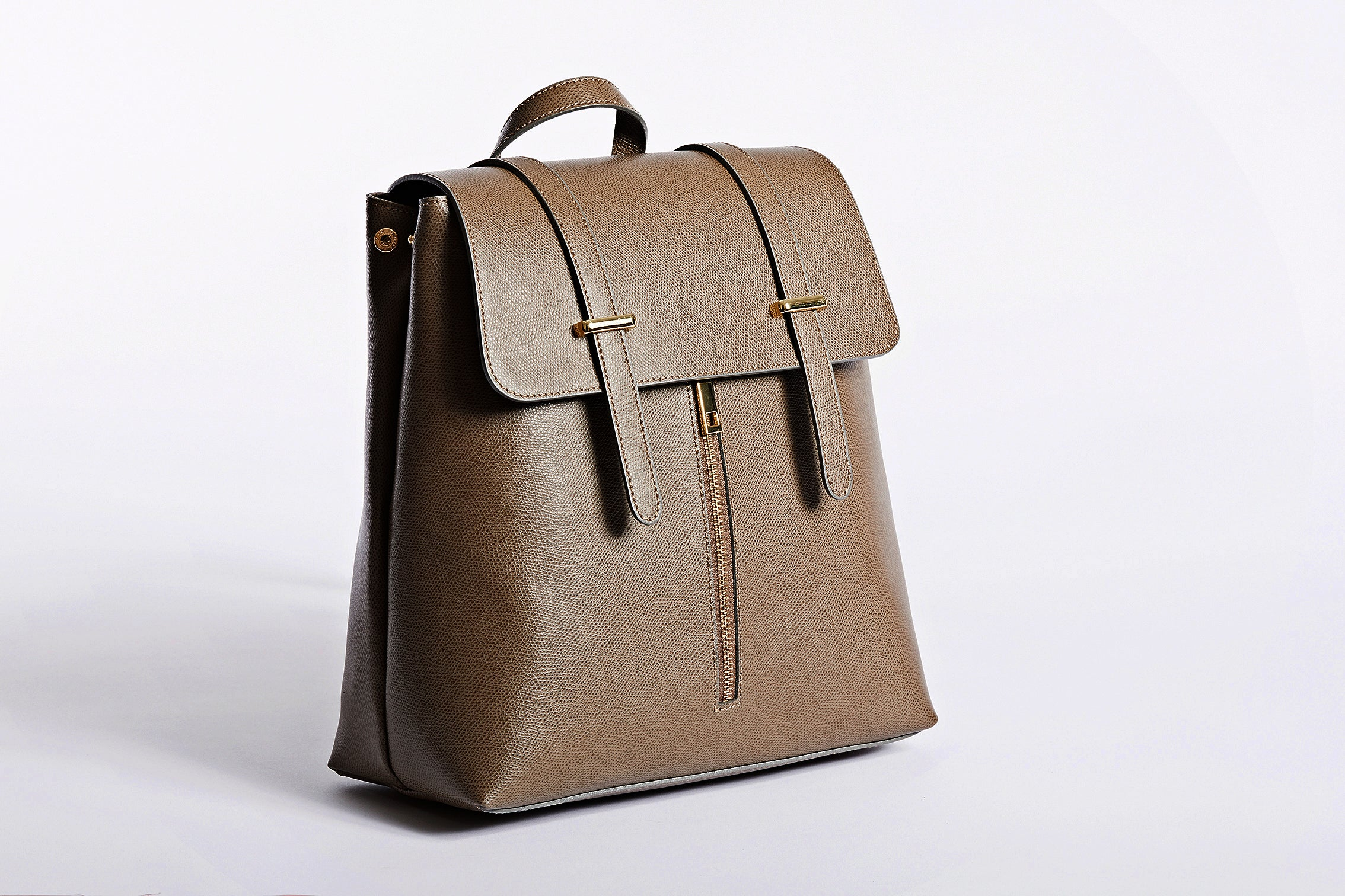 Tape grey classic, smart design with plenty of room in this Backpack