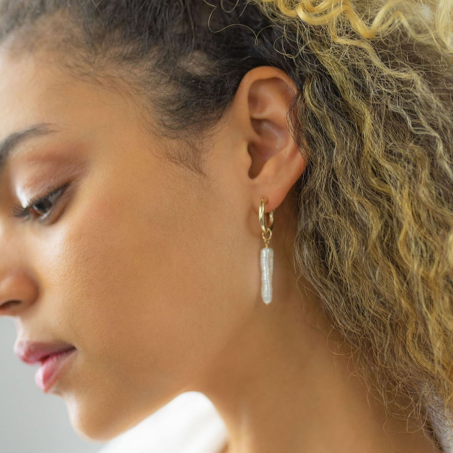 THE ARCHER EARRING