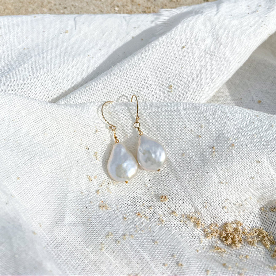 THE ARIEL DROP EARRING