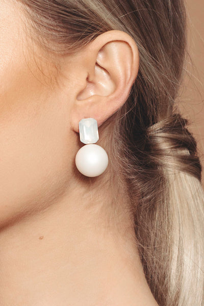 Iridescent Matte Pearl Earrings