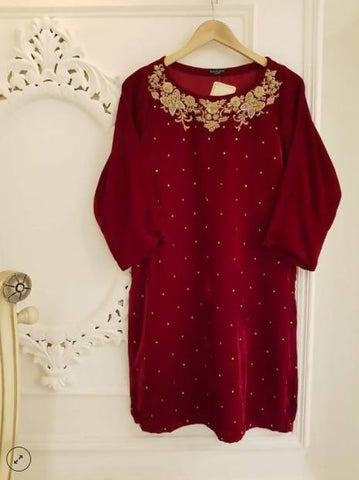 Agha Noor AW18 Collection - Red Velvet & Embellished Kurta - 2 Piece