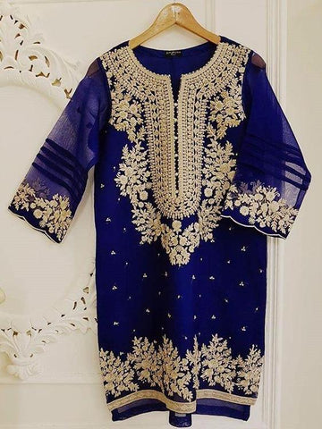 Agha Noor Blue Embellished Embroidered Organza Kurta 2 Piece