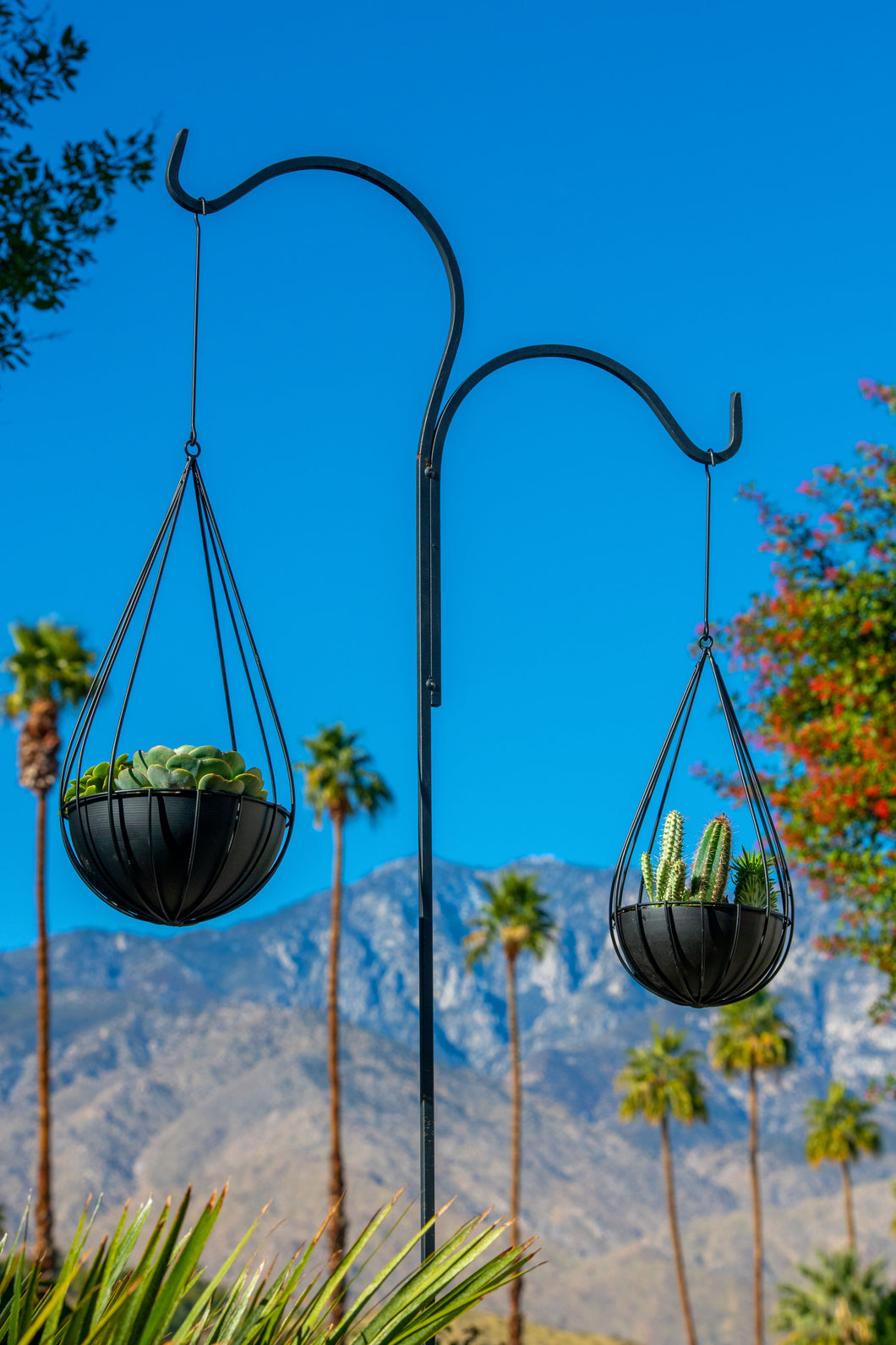 Raindrop Hanging Metal Planters-matte black-set of 2