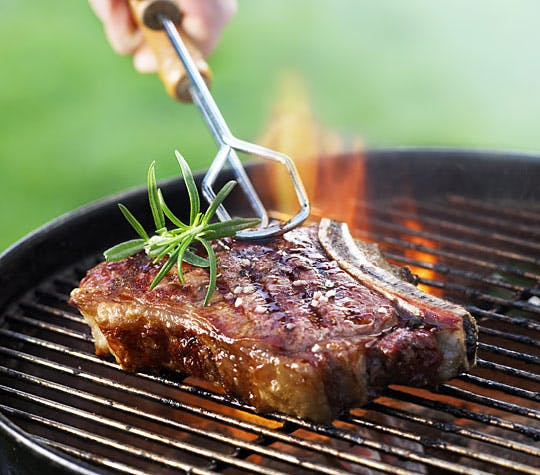 BBQthingz™ | How to grill the perfect ribeye steak on a gas grill?