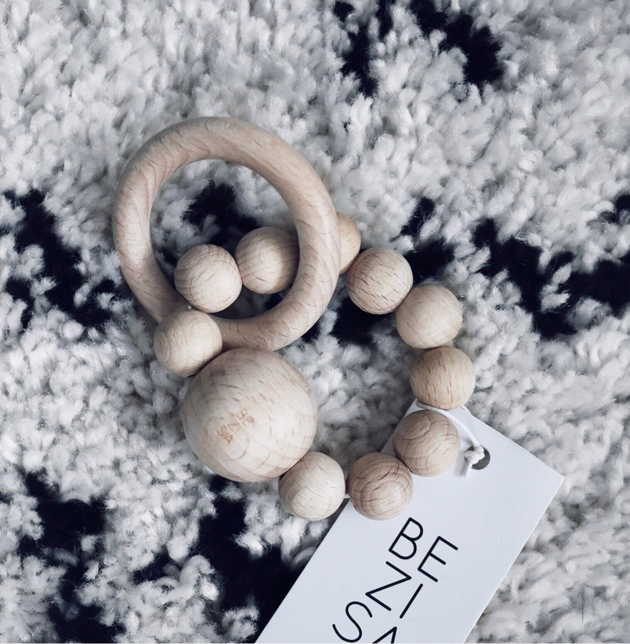 Teething Rattle Ring ◦ Natural