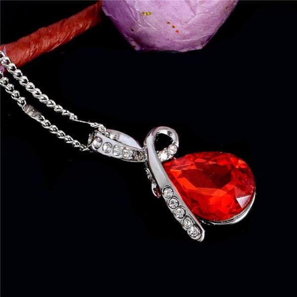 Beautiful Trendy Austrian Crystal Necklace Pendant 10 Colors Red