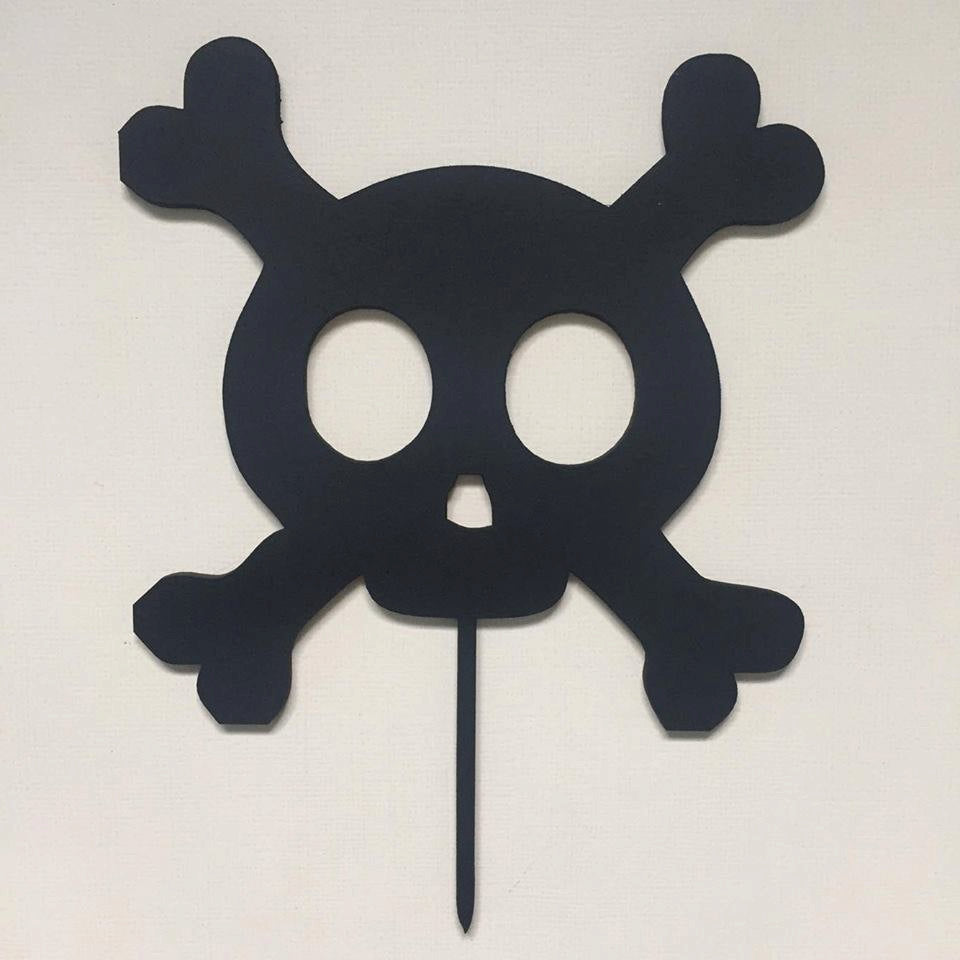 Skull & Crossbones Cake Topper Cake Decoration Cake Decorating Cake Topper Ideas Cake Decorating Ideas Birthday Cake Boys Birthday Sugar Boo