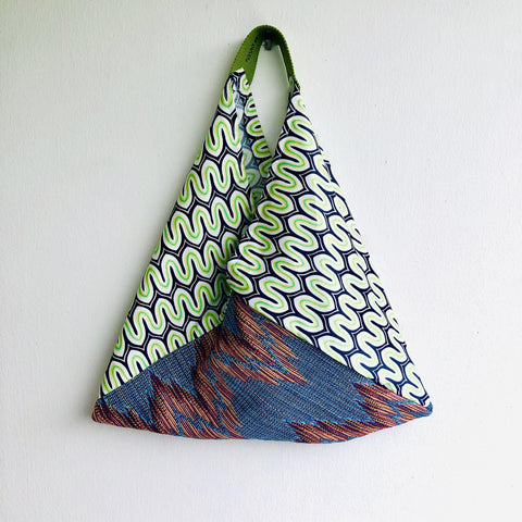 Origami bento bag , ooak tote bag , shoulder eco friendly triangle bag | Il biscioni di Milano