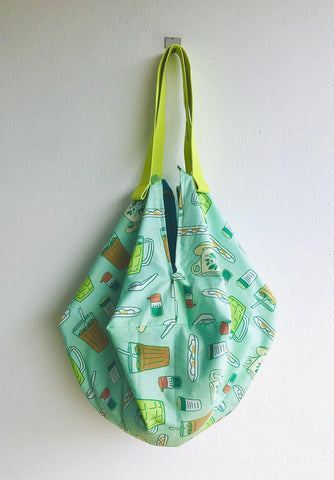 Origami sac bag , reversible fabric shoulder bag , Japanese inspired bag , Singapore inspired fabric | Let's go and have a kopi and some kaya toast