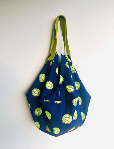 Origami sac bag , reversible shopping shoulder bag , origami eco bag | Kiwis spotted in the greenery
