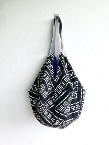 Eco friendly origami shoulder dab bag | black & white - jiakuma.myshopify.com