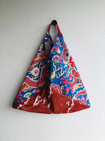 Shoulder origami bento bag , triangle tote fabric bag | Dragons flying over a red golden sea