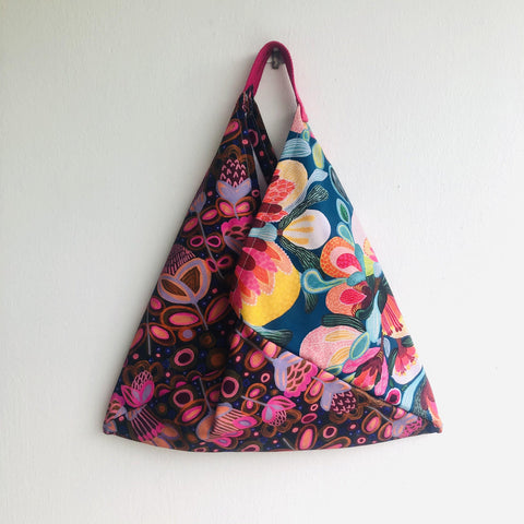 Origami bento colorful bag , triangle tote handmade bag | Visiting the botanical garden in Adelaide at dawn