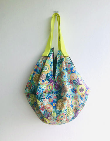 Origami sac bag , handmade fabric reversible bag , eco friendly boho style bag | Buying fruits in a market in Costa Rica