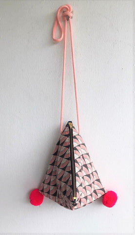 Dumpling bag origami geometric small shoulder bag | Japanese geometry - jiakuma.myshopify.com
