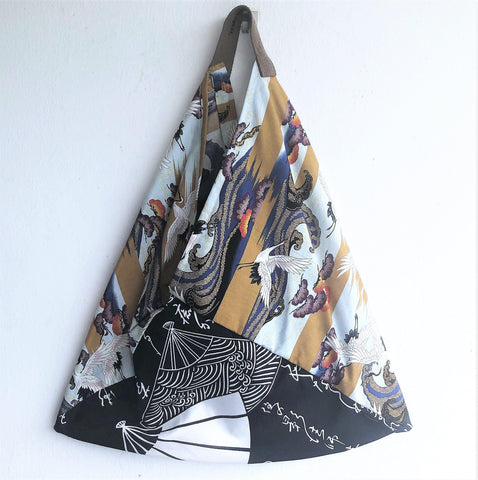 Origami Japanese fabric bag, bento tote bag , foldable triangle bag | Cranes & calligraphy