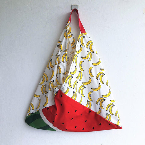 Origami bento bag, summer tote bag, triangle eco shoulder bag | Platanos & Sandias