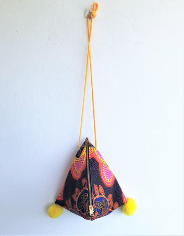 Small shoulder African fabric triangle origami handmade bag | Colors of Africa - jiakuma.myshopify.com