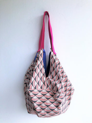 Shoulder handmade octagonal bag | Art noveau in Tokio -  bento bag