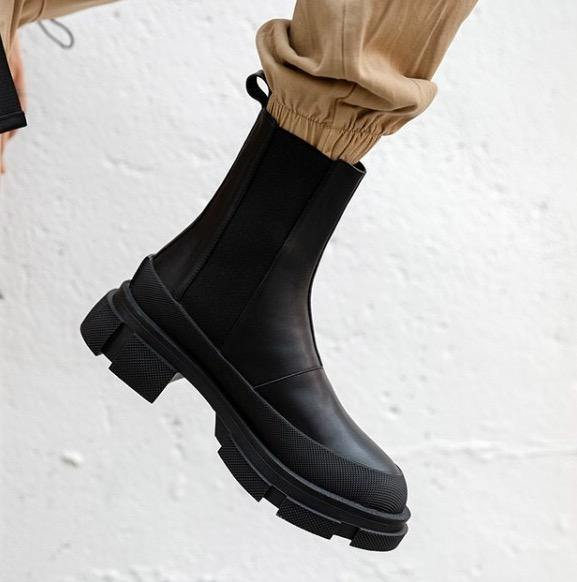 Cow Leather Chelsea Boots - Slowliving Lifestyle