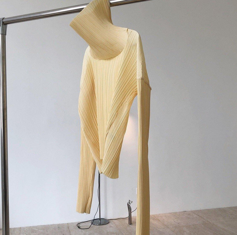 Pleated Long Sleeve T-shirt