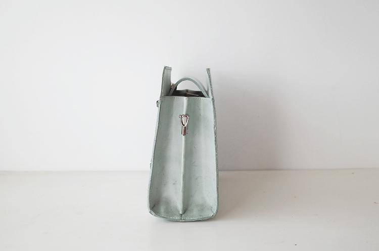 Testing Tree Green Handbag - Slow Living Lifestyle