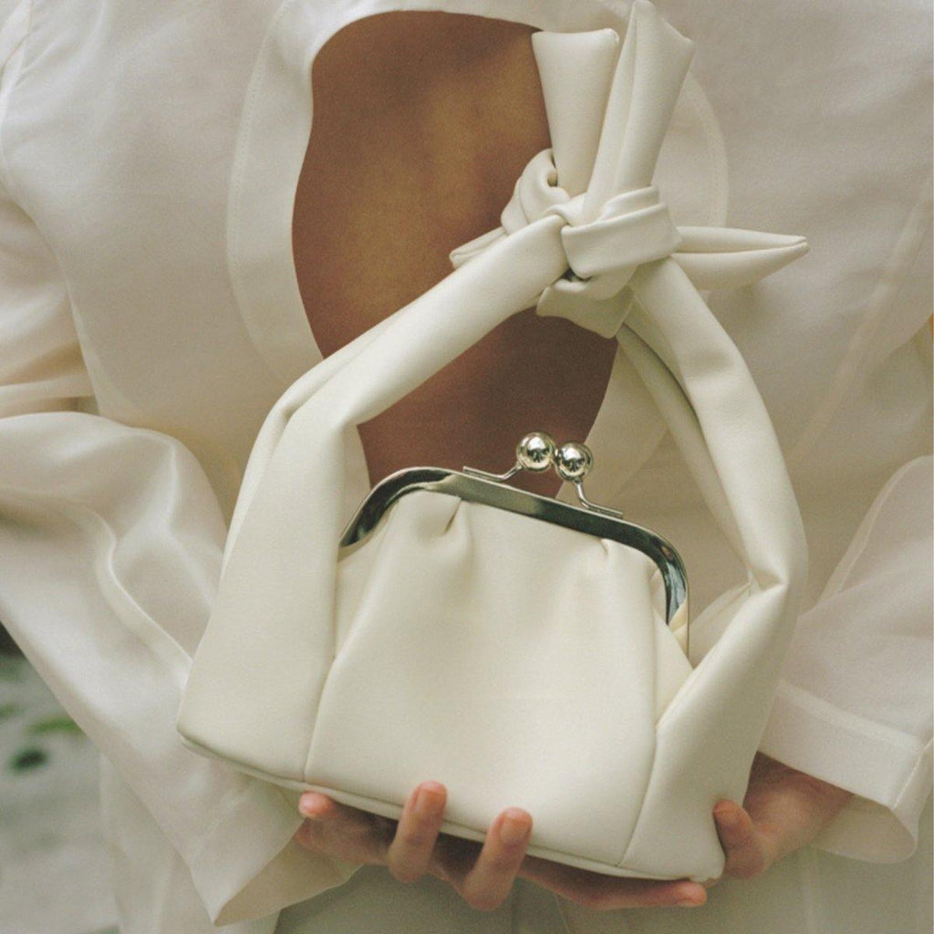 The Pleasure Isolated Anthesis Knot Bag - White - Slowliving Lifestyle