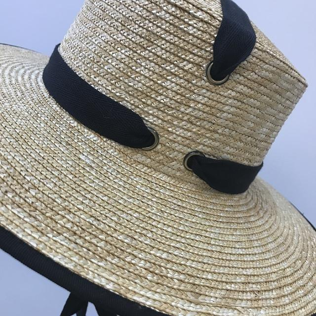 Summer Beach Hat - Slow Living Lifestyle
