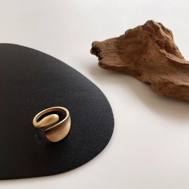 Artistic Ring - Slow Living Lifestyle