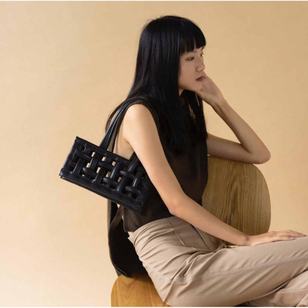 The Pleasure Waffle Bag - Black Sesame - Slowliving Lifestyle