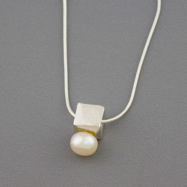 Pearl Cubed - Necklace