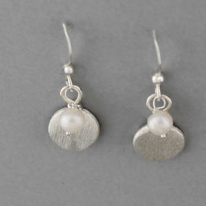 Pearl Disc - Earrings
