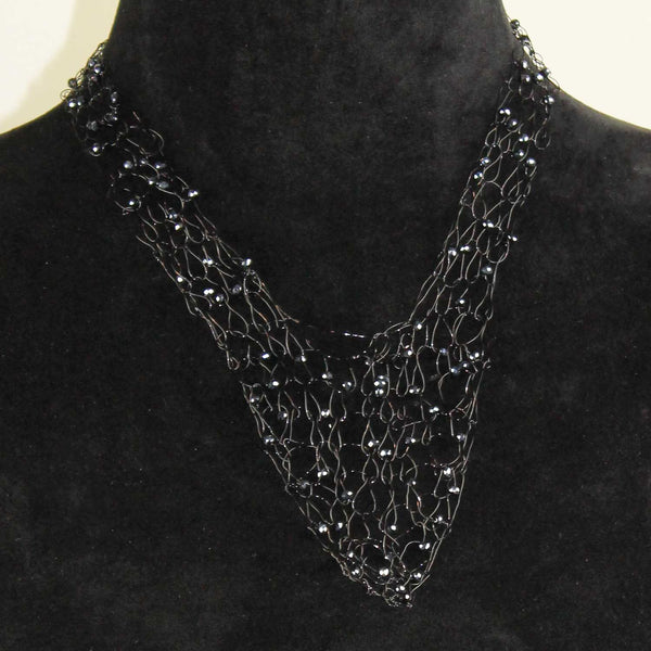 342N Wire V neck necklace- Blue