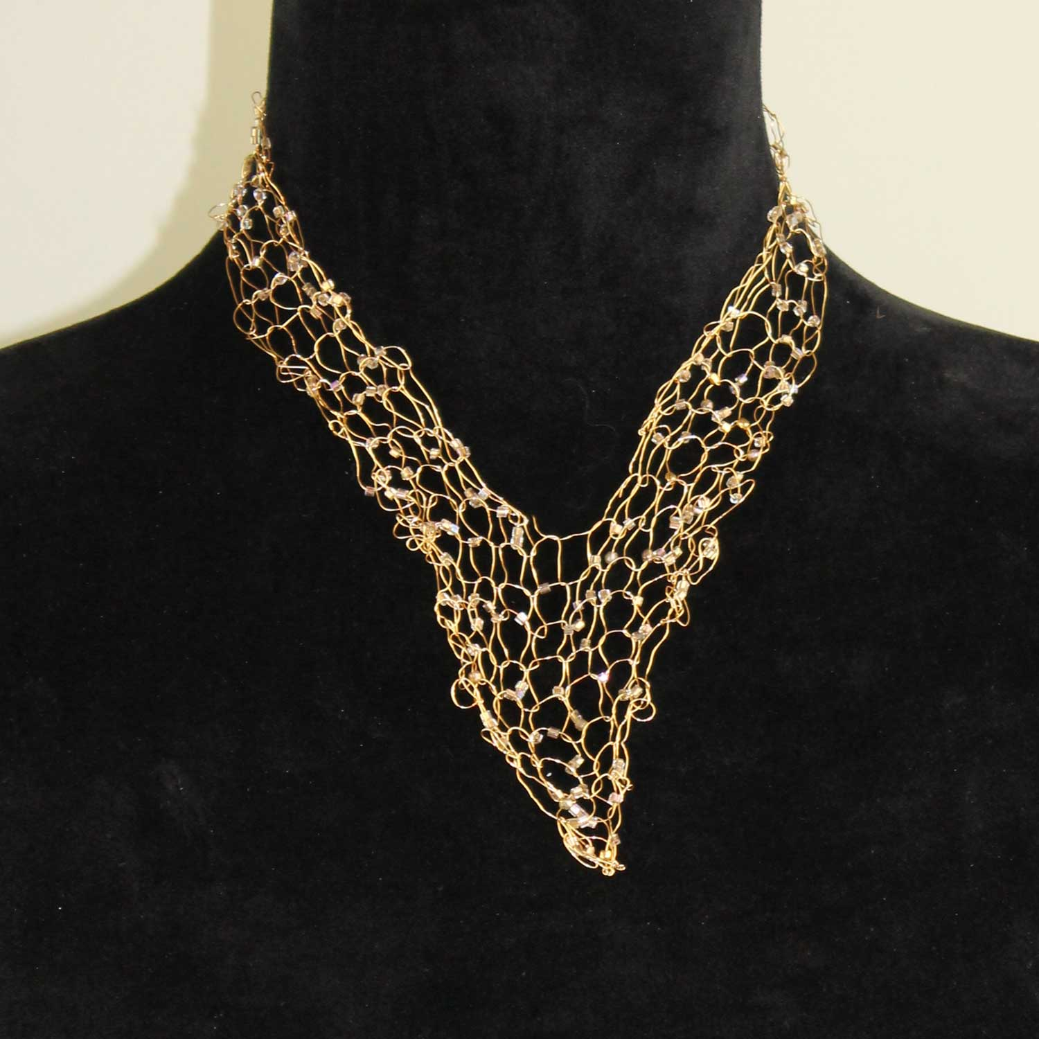 Wire Vneck Necklace-Gold